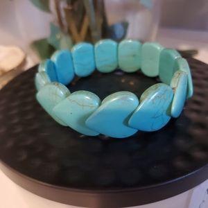 🆕️VINTAGE Turquoise heart stretch bracelet